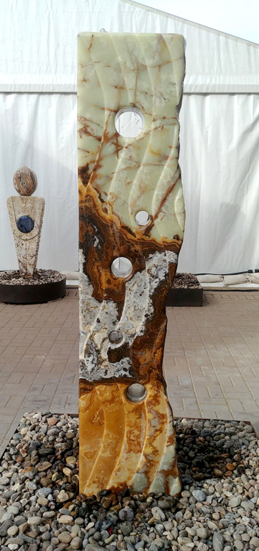 Tucson gem and mineral show, Pueblo gem and mineral show, fountain, onyx, sculpture, Tucson gem and mineral show, hand carved, Arizona