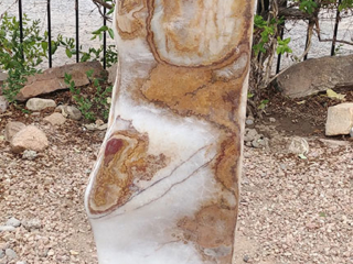 10a. Red/White Onyx, carved polished front
